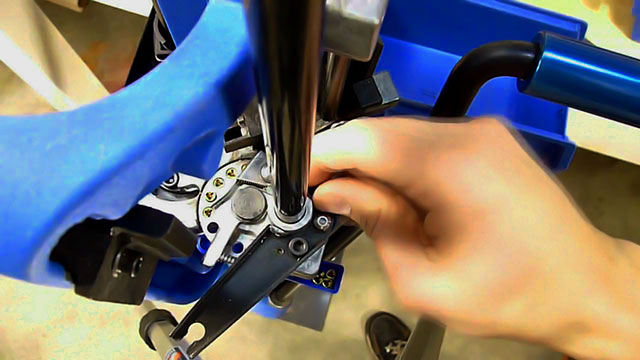 Auto-Indexing Reloading Press
